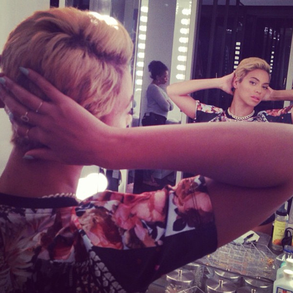 Beyonce Pixie Mirror